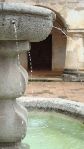 water-fountain-1309406-m